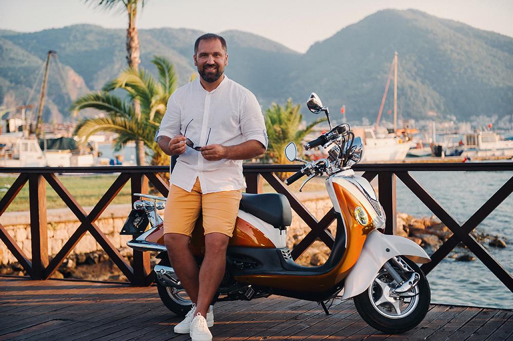 assurance scooter 125