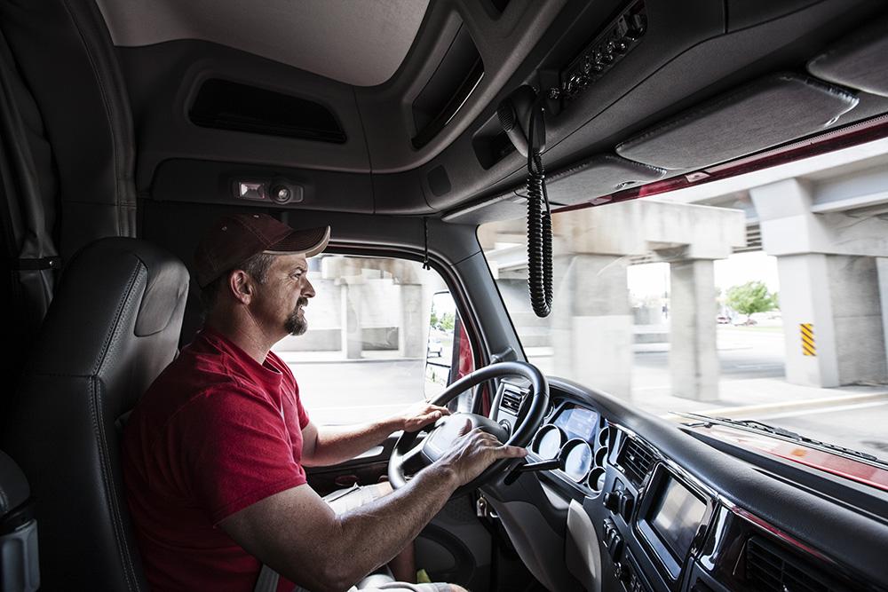 camion avec chauffeur