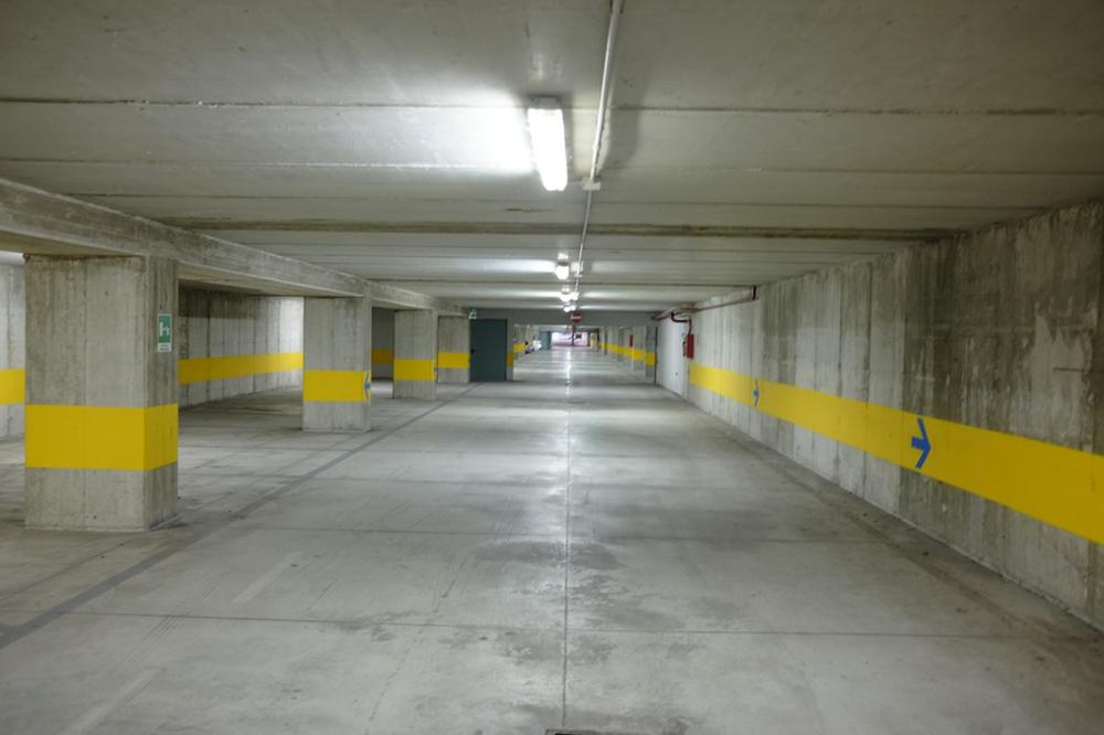 parking et confinement